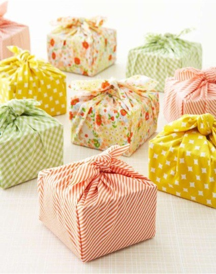 8 cute gift wrapping ideas lifestyle for How to wrap presents with wrapping paper