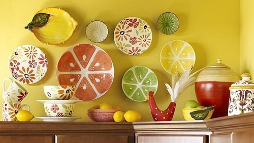 Choose interesting accent pieces 7 ways to decorate a for Kitchen decoration piece