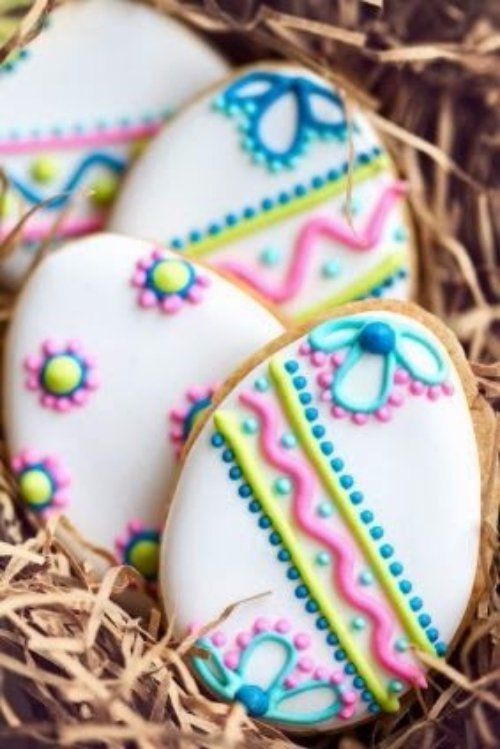 Pretty Decorated Eggs