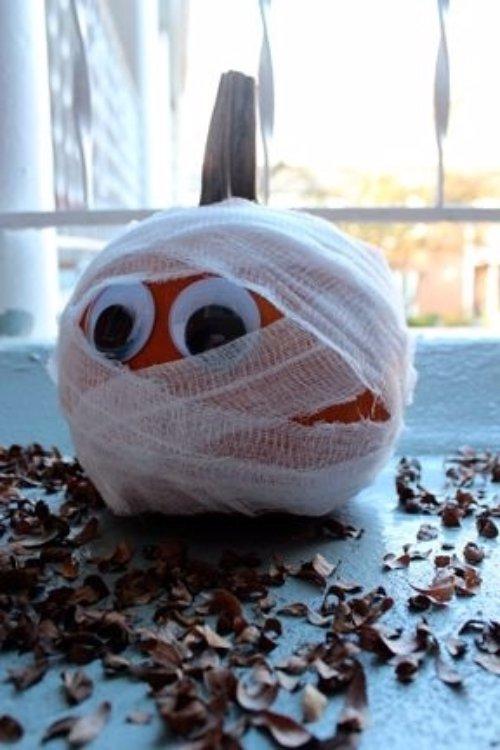 Pumpkin Meets the Mummy