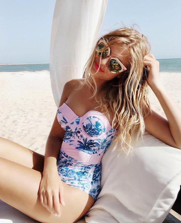 clothing, blond, supermodel, swimwear, model,