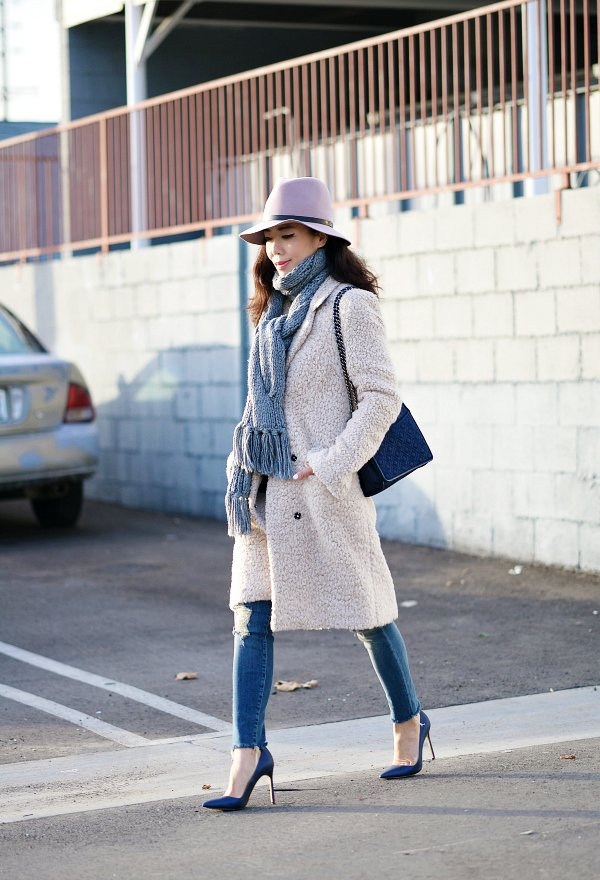 Chunky Scarf and a Coat