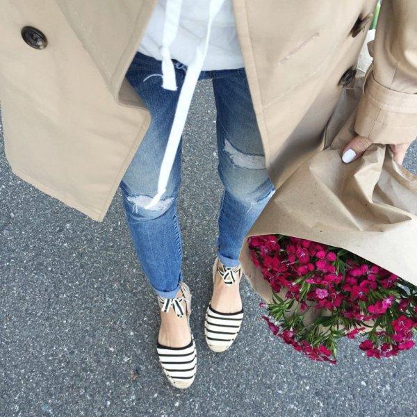 footwear, jeans, shoe, denim, leg,