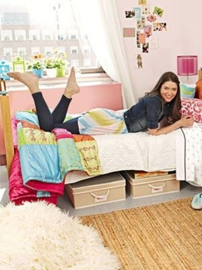 24 use under bed storage containers 40 super tips and - Dorm underbed storage ideas ...