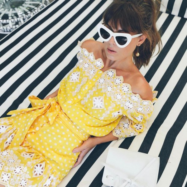 yellow, eyewear, shoulder, pattern, design,