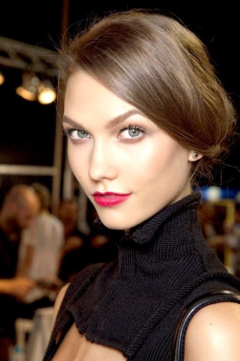 Berry Tones 7 Makeup Tips For A Round Face Makeup