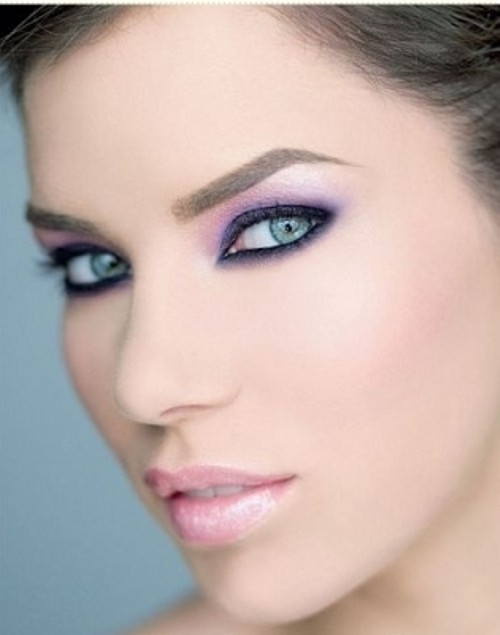 3. Play with Purples - 11 Awesome Makeup Tips for Green ...