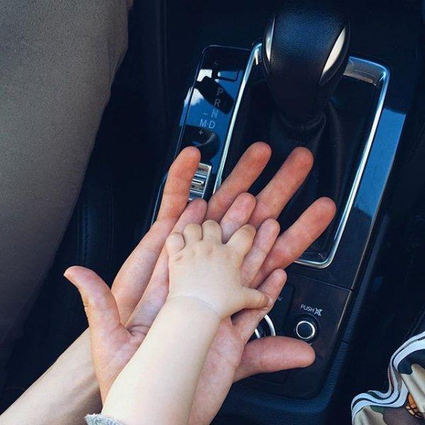 finger, nail, blue, leg, hand,