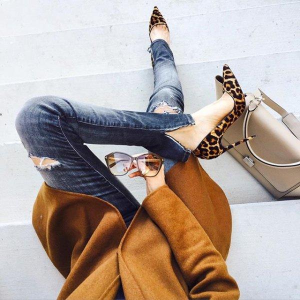 footwear, clothing, shoe, leg, spring,