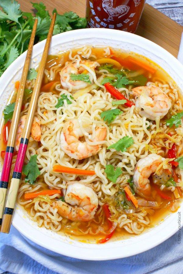 food, noodle soup, dish, chow mein, cuisine,