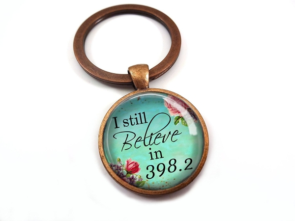keychain,fashion accessory,still,398.2,