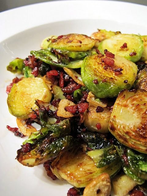 Crispy Brussels Sprouts with Bacon and Garlic