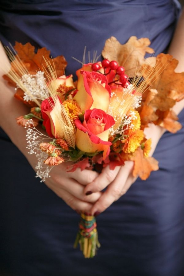 24 stunning fall wedding bouquets