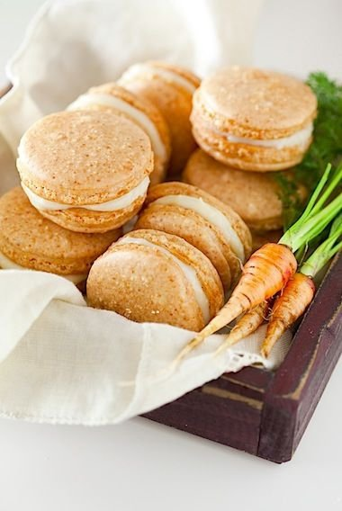 Carrot Cake Macarons with Maple Cream Cheese Frosting - Here Are…