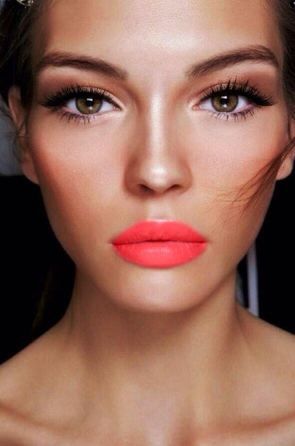 eyebrow,face,cheek,lip,red,