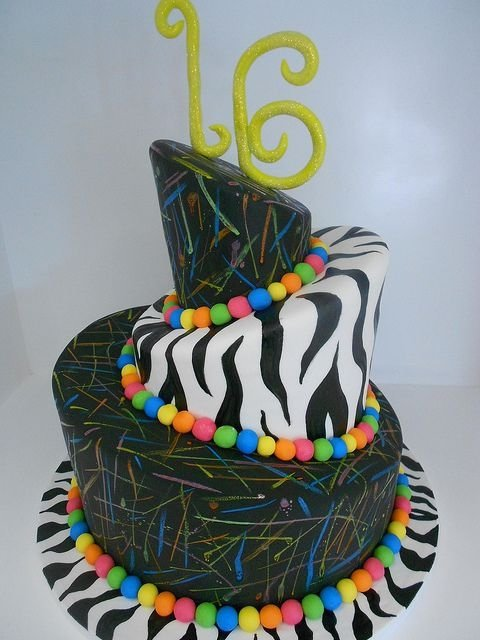 26 Stunning Sassy Sweet 16 Birthday Cakes Food