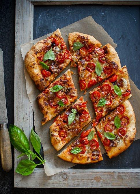 extra fromage pizza sans l gumes offre mega calories avec. Black Bedroom Furniture Sets. Home Design Ideas