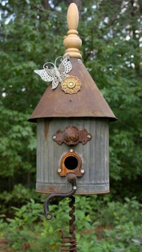 House Made Out Of Recycled Materials : Use recycled materials diy birdhouses that ll attract