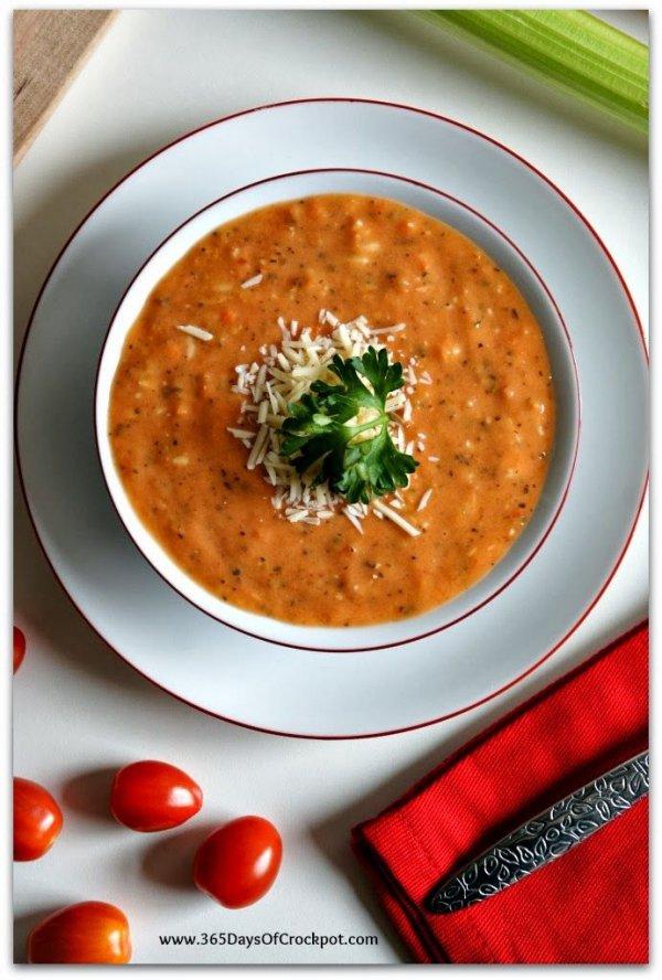 Slow Cooker Skinny Tomato Basil Parmesan Soup