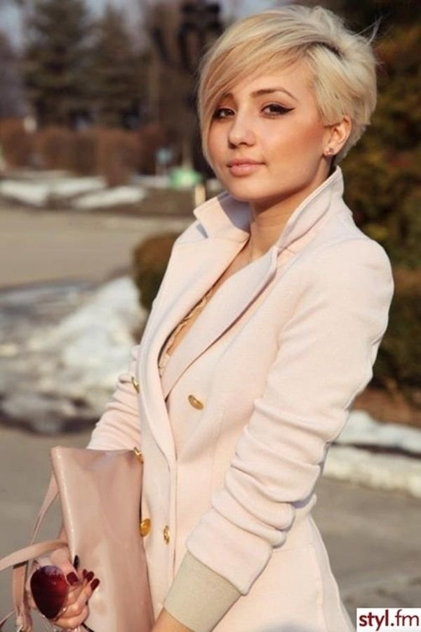 STYL FM,clothing,blond,hairstyle,fashion,