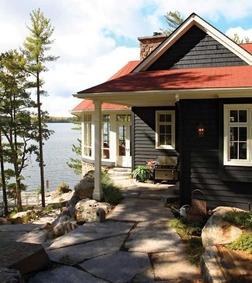 Colorful Lake Michigan Cottage: 50 Lakeside Houses Dreams Are Made Of ... Lifestyle