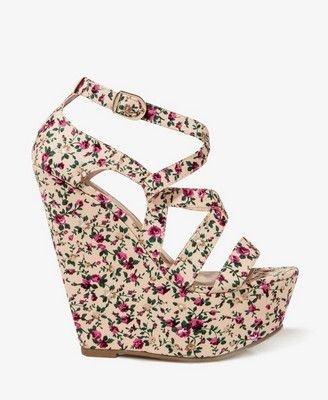 footwear,pink,shoe,product,magenta,