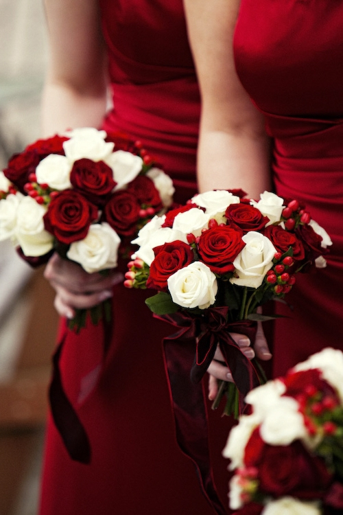 red,flower,woman,flower bouquet,flower arranging,