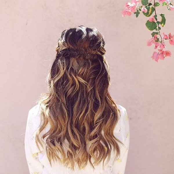 clothing, hair, hairstyle, fashion accessory, brown,