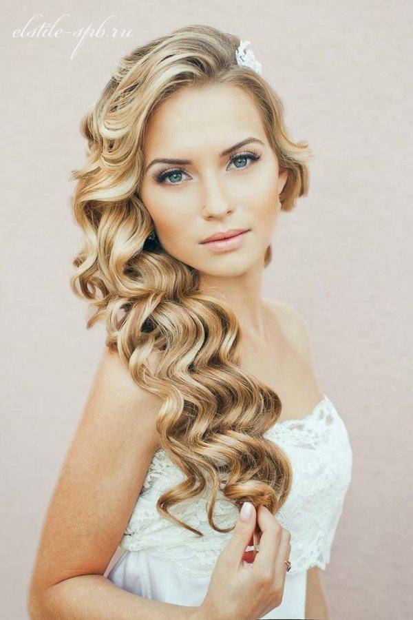 hair,blond,hairstyle,long hair,beauty,