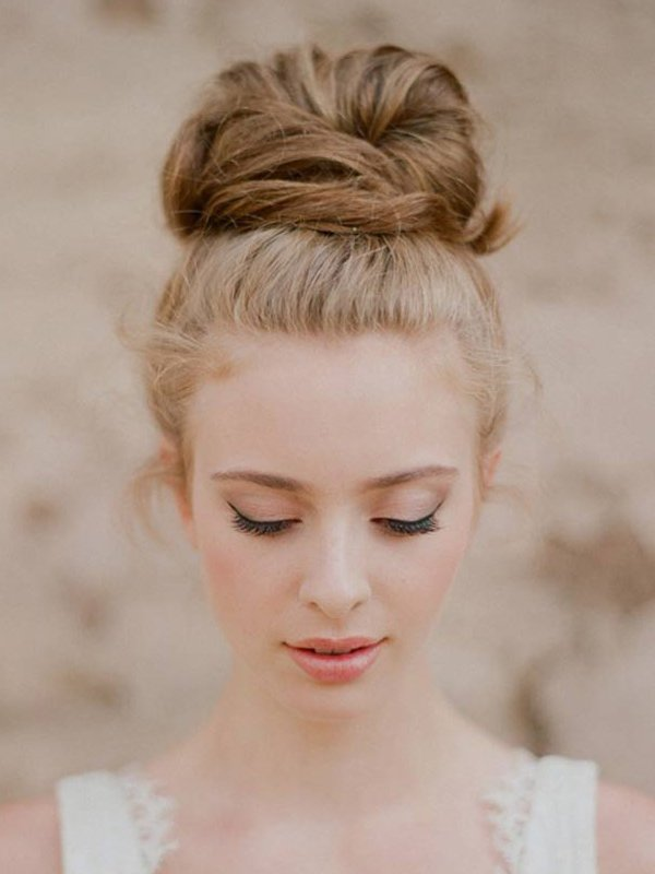 Pretty Top Knot