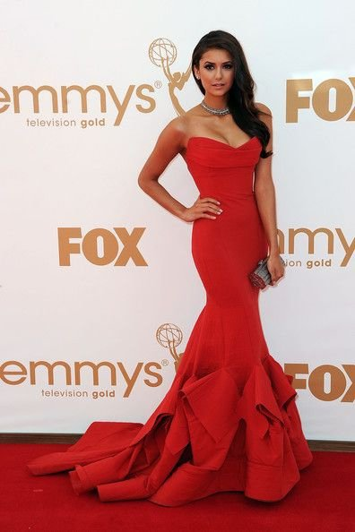 Mundo FOX,Emmy Award,flooring,red carpet,gown,
