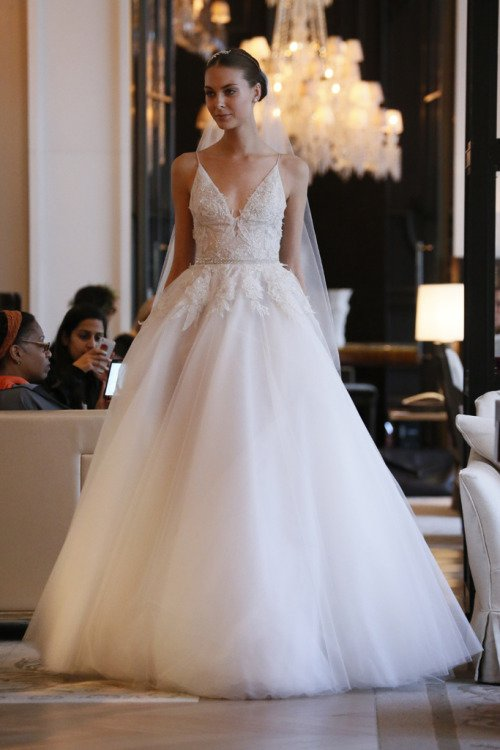 wedding dress,clothing,bridal clothing,dress,gown,