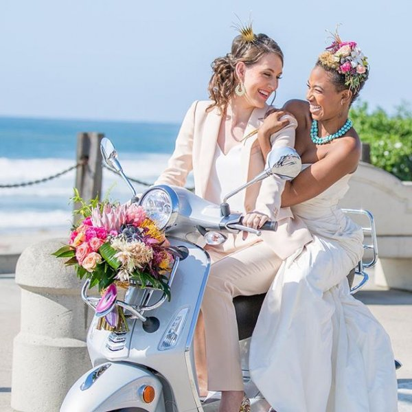 13 Beach Wedding Hair Ideas You Need To See Right Now: The Sweetest 😘 Same Sex 🌈 Wedding Ideas 💡 To Make Your