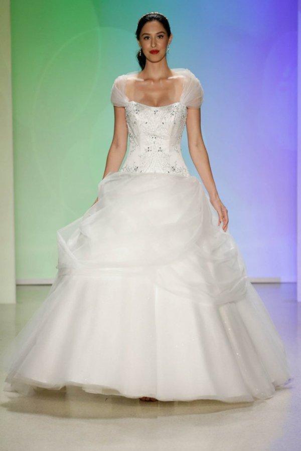 The Top Disney Princess 👸🏻 Inspired Wedding Dresses 👰🏼 for ...