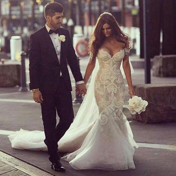 wedding dress, bride, clothing, woman, bridal clothing,