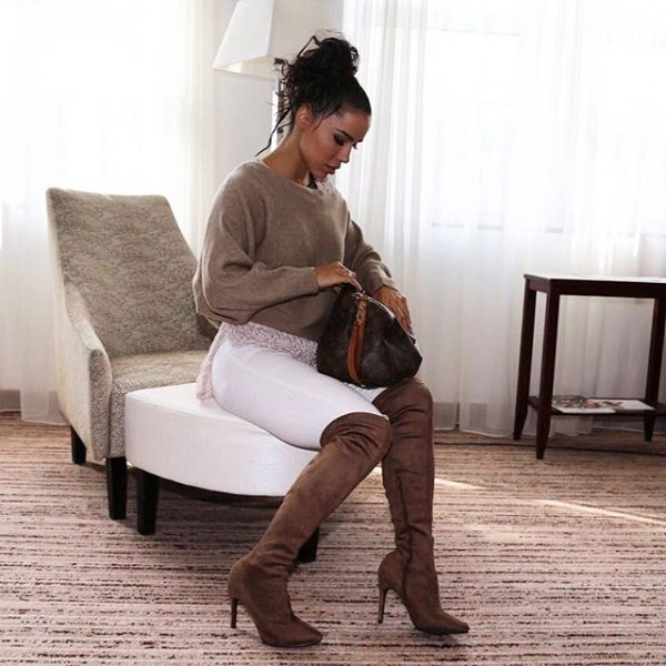 clothing, human positions, sitting, hairstyle, black hair,