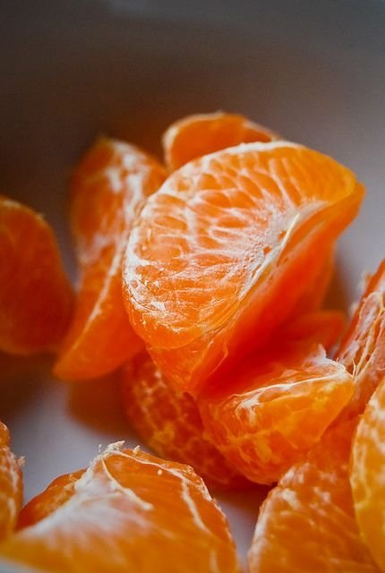 Oranges 56 orange things to prove it 39 s an outstanding for Orange colour things