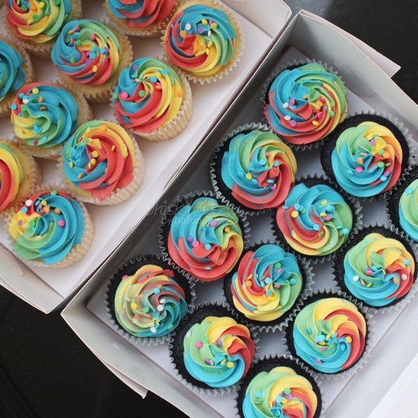 cake, dessert, cupcake, buttercream, icing,
