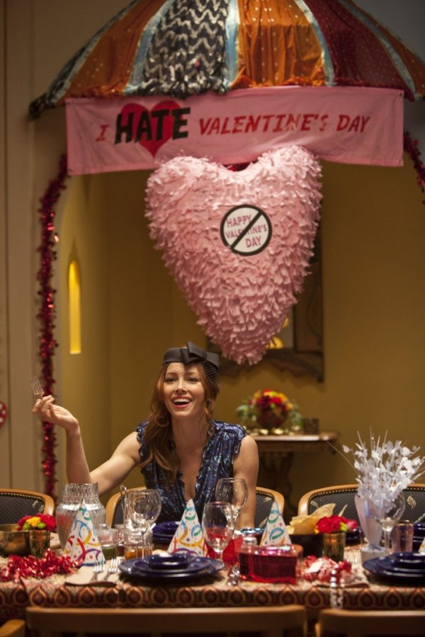 Host an anti-Valentine's Day Party