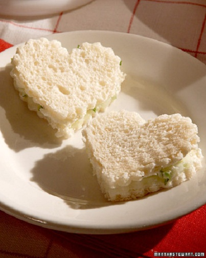 Mini Shaped Sandwiches: Adorable Kids' Lunch Ideas...