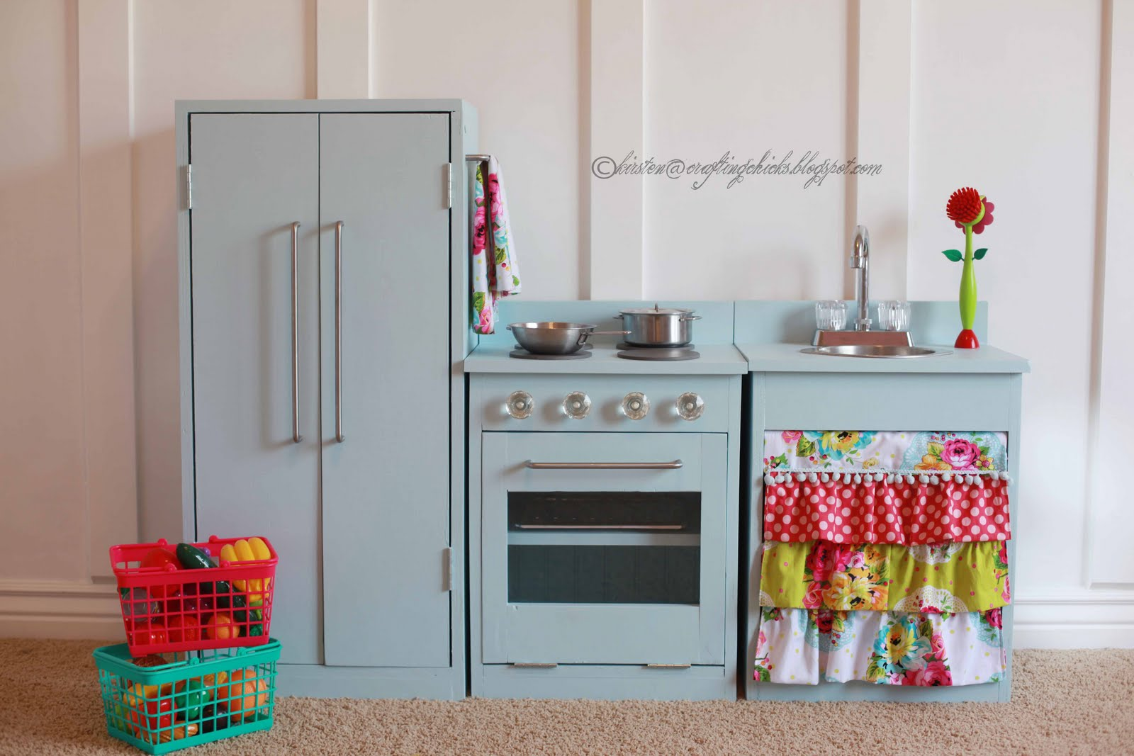 From Scratch II - 10 Fantastic DIY Play Kitchens ... → Parenting