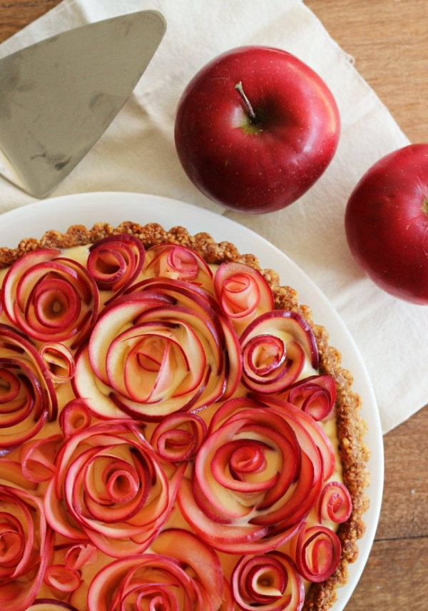 16 curly rose 24 fabulous pies for girls who are tired of for Apple pie decoration