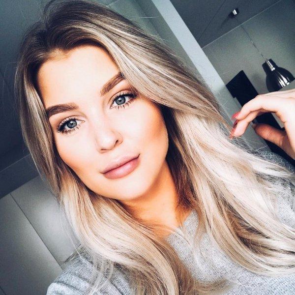 hair, beauty, human hair color, blond, eyebrow,