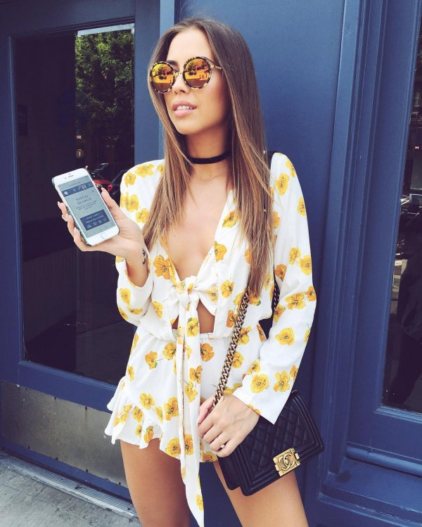 clothing,yellow,beauty,glasses,hairstyle,