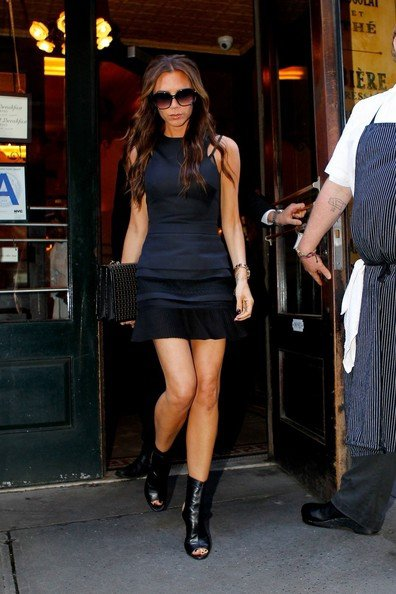 With Your Best LBD, Ala Victoria