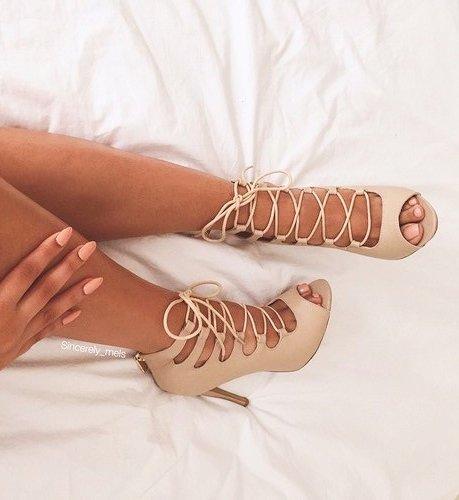 leg, finger, arm, footwear, fashion accessory,