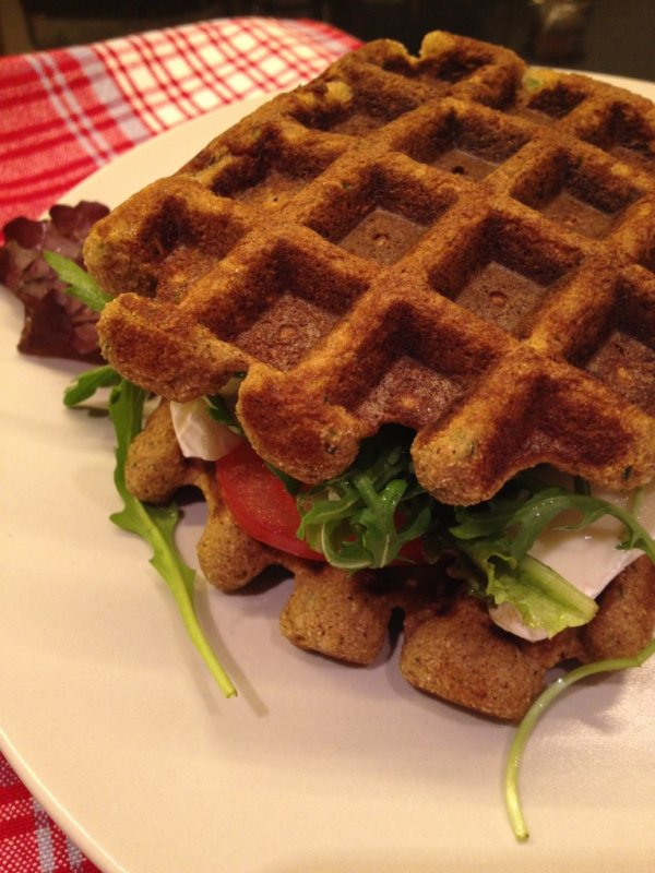 Zucchini Waffle Sandwiches - No Bread Sandwiches Dieters Will…