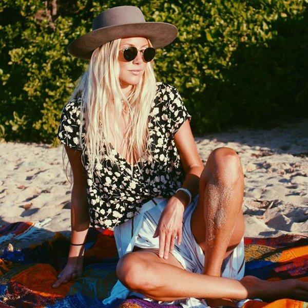 clothing, painting, blond, beauty, portrait,
