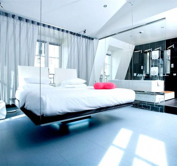 Beautiful The Swinging Bed, Kube Hotel, Paris France