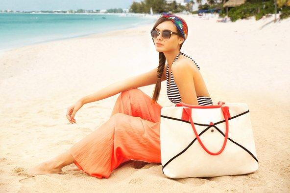Mesh Bottom Beach Bag